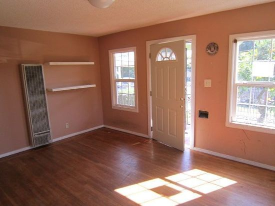 2015 92nd Ave, Oakland, CA 94603
