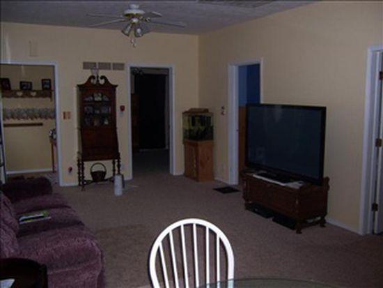 906 E Walnut St, Bloomington, IL 61701