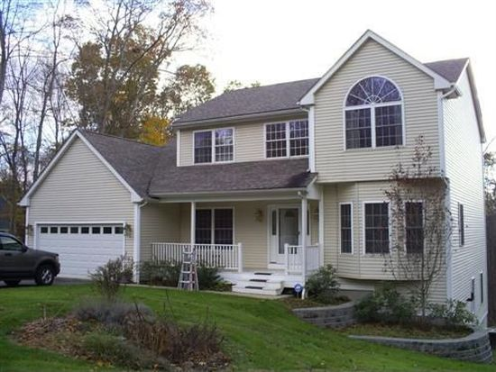 59 Deer Run Dr, Colchester, CT 06415