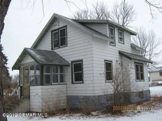 916 2nd St NW, Waseca, MN 56093