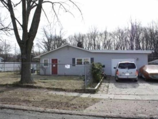 46 Yellowood Dr, Levittown, PA 19057