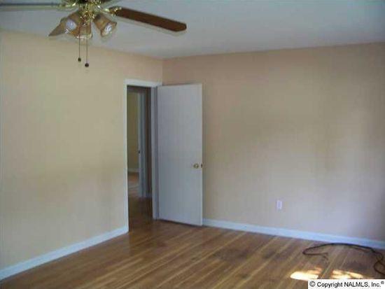 1505 20th Ave SE, Decatur, AL 35601