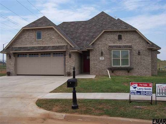 1209 Remington Ct, Enid, OK 73703