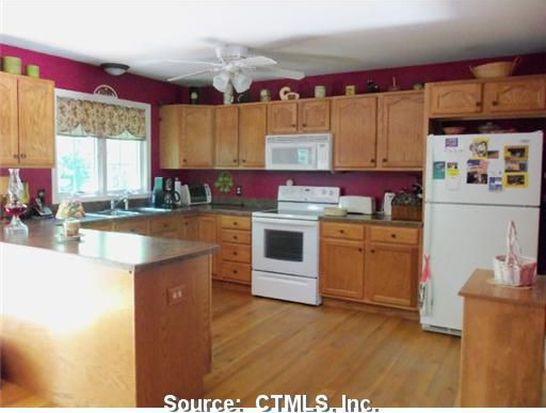 8 Hemlock Rd, Stafford Springs, CT 06076