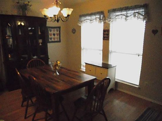 1718 Crestmeadow Ln, Mansfield, TX 76063