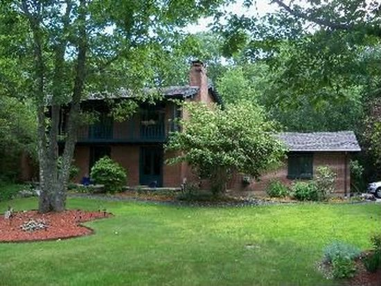 70 Ruggles Rd, Guilford, CT 06437