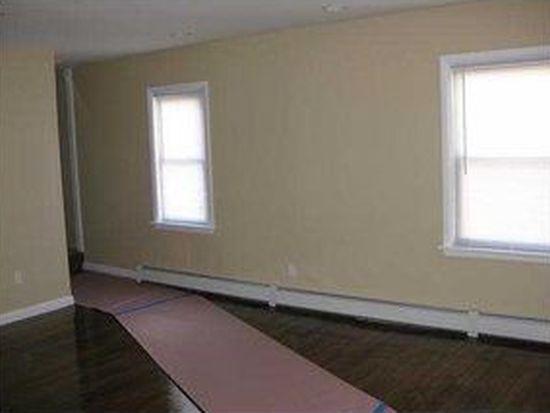 212 Francis Ave, Pawtucket, RI 02860