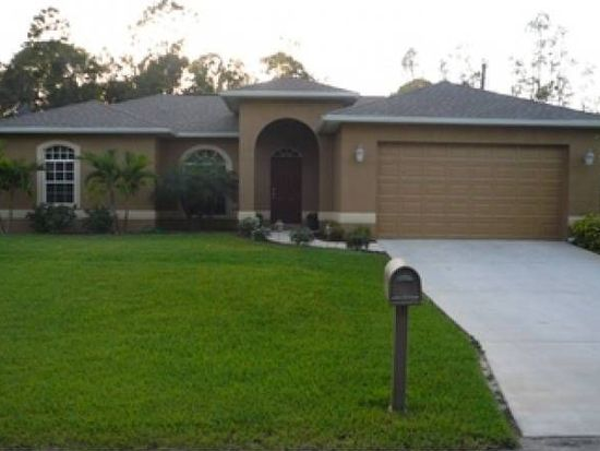 18414 Huckleberry Rd, Fort Myers, FL 33967