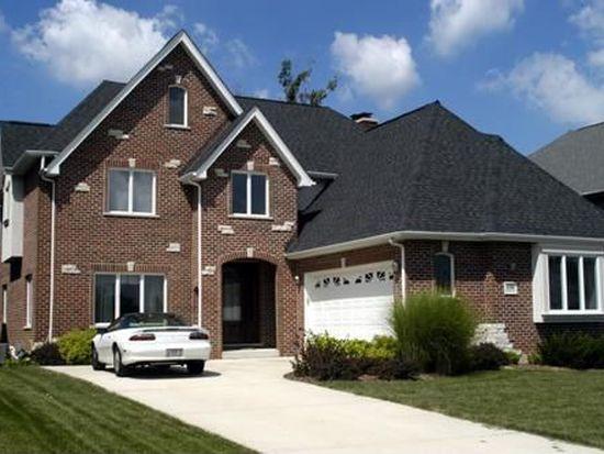 636 Nelson Cir, Westmont, IL 60559