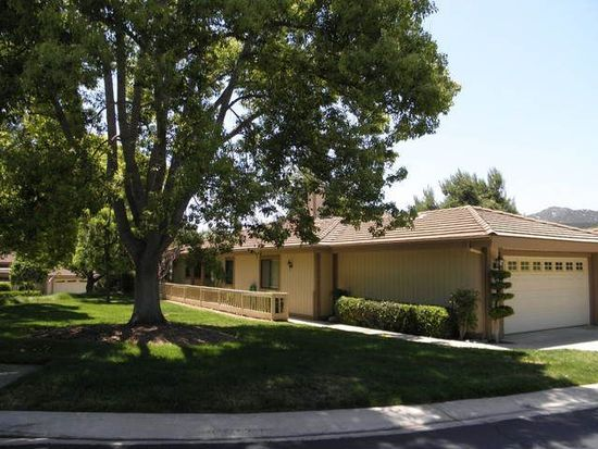 8563 Circle R Valley Ln, Escondido, CA 92026