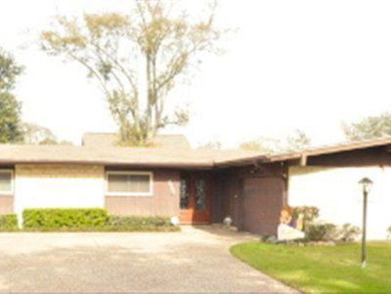 3120 Eugenia Ln, Groves, TX 77619