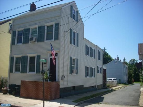 438 Willow St, Bordentown, NJ 08505