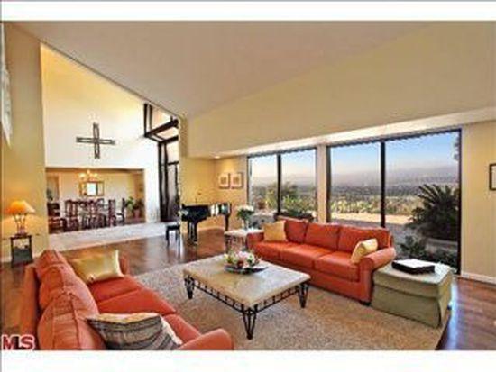 12056 Summit Cir, Beverly Hills, CA 90210