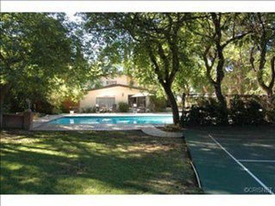 20146 Santa Rita St, Woodland Hills, CA 91364