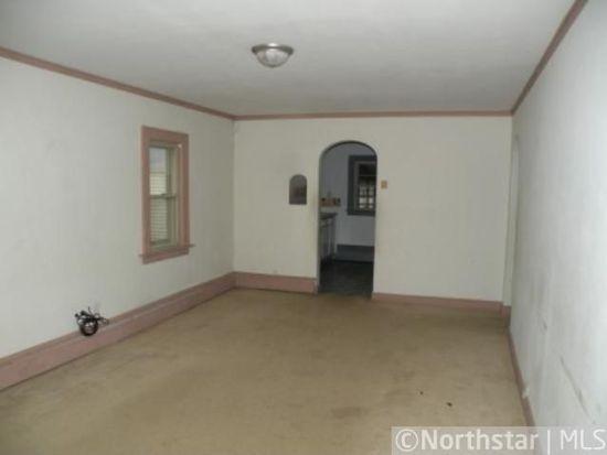 4527 Thomas Ave N, Minneapolis, MN 55412