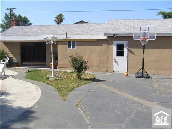 14805 Calahan St, Panorama City, CA 91402