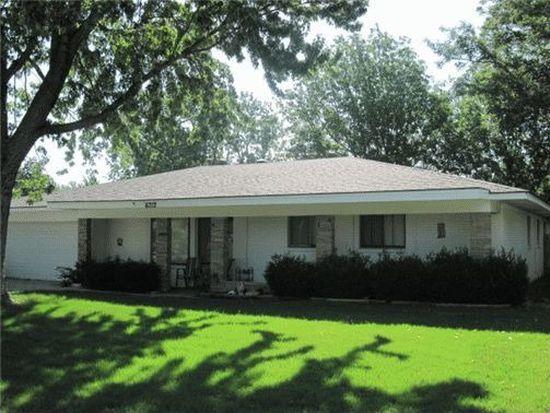 6712 Edgewater Dr, Oklahoma City, OK 73116