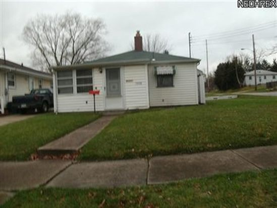1008 Crandall Ave, Youngstown, OH 44510