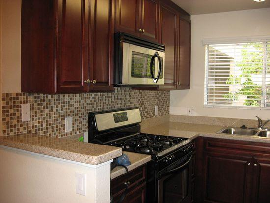 21520 Burbank Blvd APT 218, Woodland Hills, CA 91367