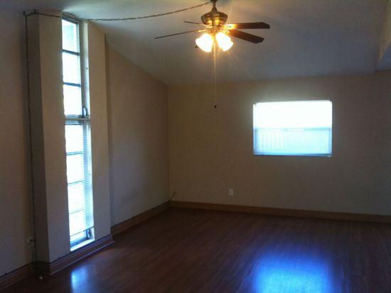 332 Benton St, Orlando, FL 32839