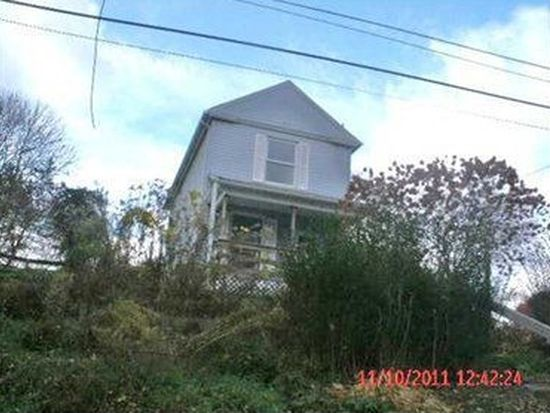 64 Bluff St, New Castle, PA 16101