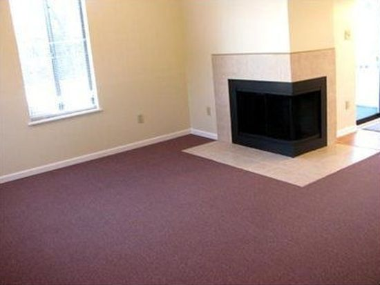 1265 Norberry Ct APT 17, Cranberry Twp, PA 16066