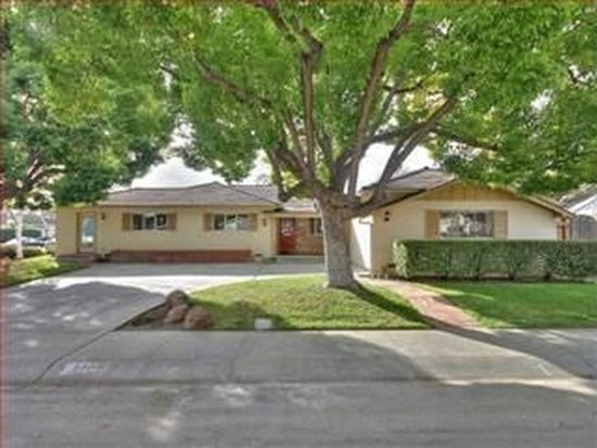 1300 Patio Dr, Campbell, CA 95008