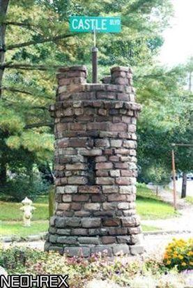 354 Castle Blvd, Akron, OH 44313