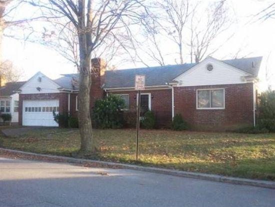 138 Metropolitan Rd, Providence, RI 02908