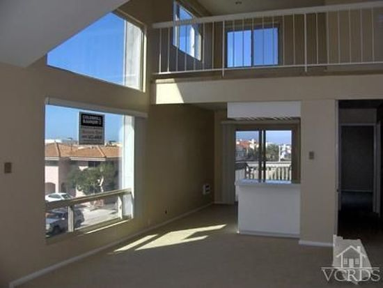 3112 Sunset Ln, Oxnard, CA 93035