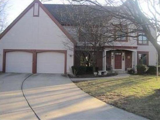 12212 Cedar St, Overland Park, KS 66209