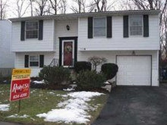 270 Peppertree Dr, Amherst, NY 14228