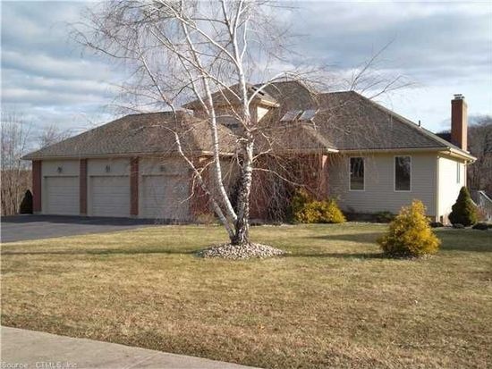 201 Old Farms W, Middletown, CT 06457