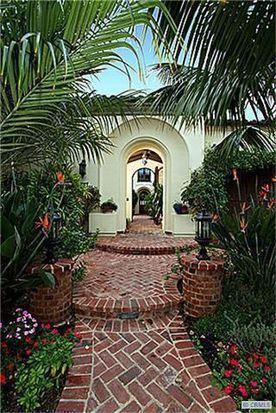 4 Rockshore Blf, Newport Beach, CA 92657