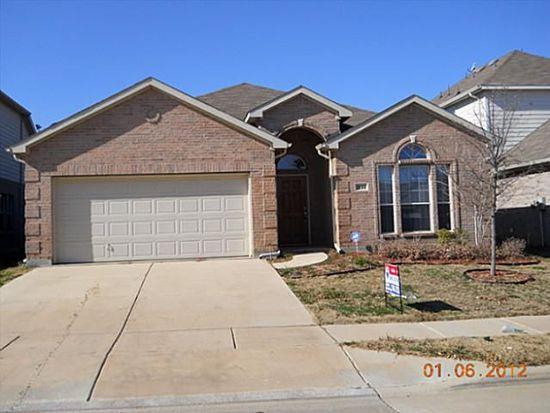 1144 Sunderland Ln, Fort Worth, TX 76134