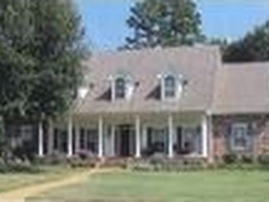 3204 N Hill Dr, Tupelo, MS 38804