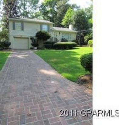 1121 S Overlook Dr, Greenville, NC 27858