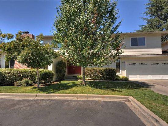 1126 Blue Lake Sq, Mountain View, CA 94040