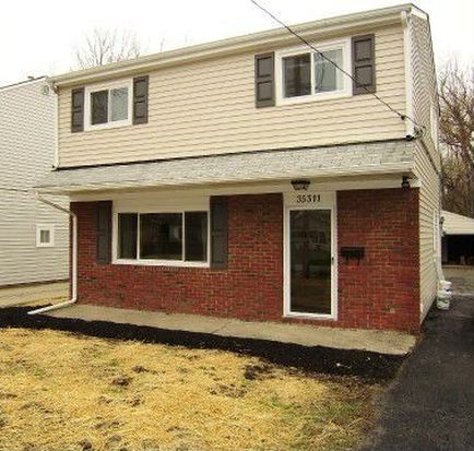 35511 Blanch Ave, Eastlake, OH 44095