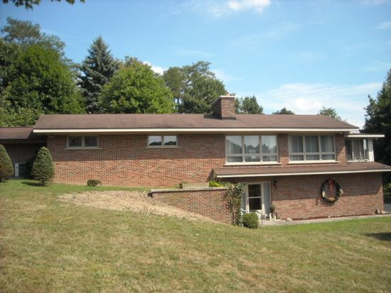 1024 Dry Hill Rd, Beckley, WV 25801