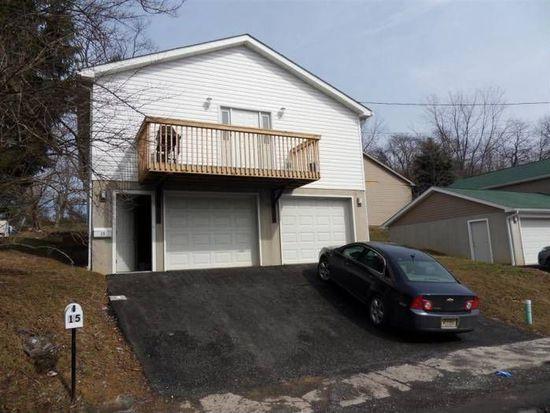 15 Van Gilder St, Morgantown, WV 26505
