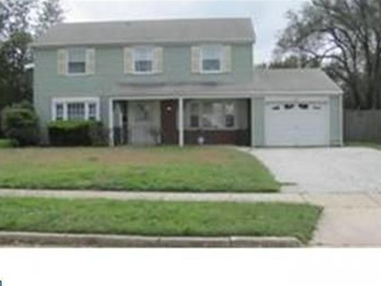 40 Berkshire Ln, Willingboro, NJ 08046