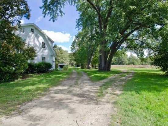 475 Tolend Rd, Dover, NH 03820