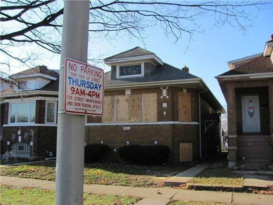 7821 W Sunset Dr, Elmwood Park, IL 60707