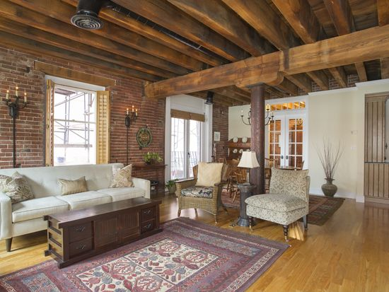 343 Commercial St APT 201, Boston, MA 02109