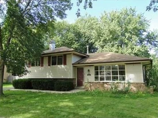 810 Helen Ave, South Elgin, IL 60177