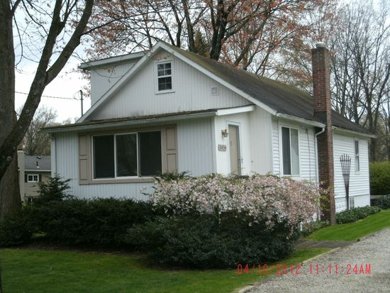 3456 Sanford Ave, Stow, OH 44224