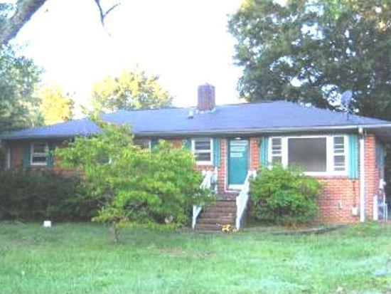 302 S Smithfield Rd, Knightdale, NC 27545