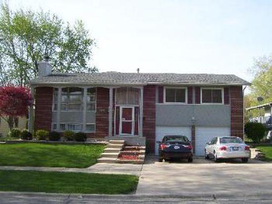 2809 Jackson Dr, Woodridge, IL 60517