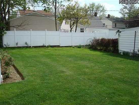 3756 Wallingford Rd, South Euclid, OH 44121